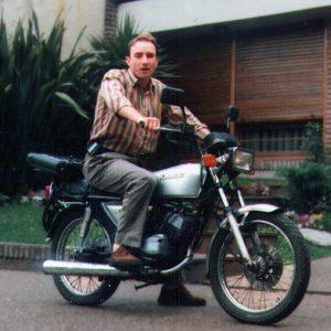 juanjo en moto Kawasaki GTO