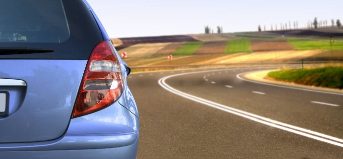 Qué debemos llevar en el auto al viajar